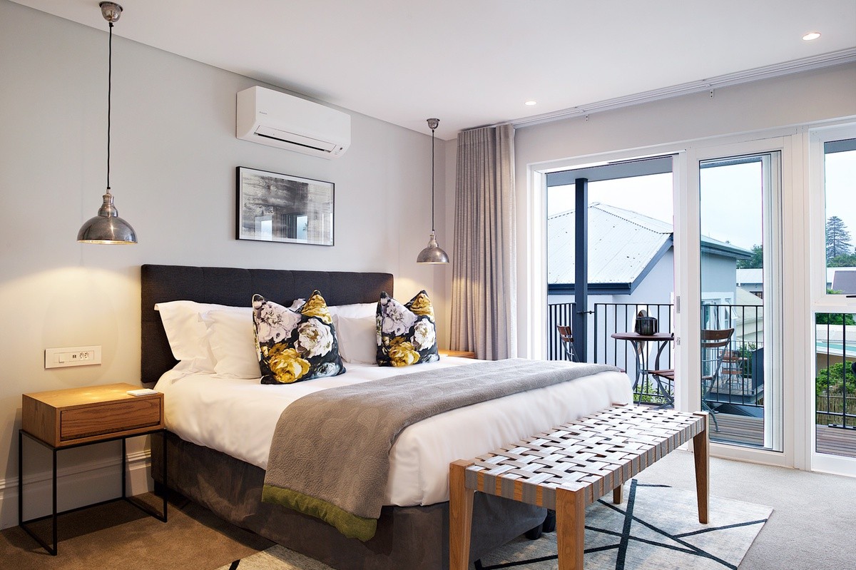 Deluxe Balcony Room - Room 18 - Bonne Esperance Guest House