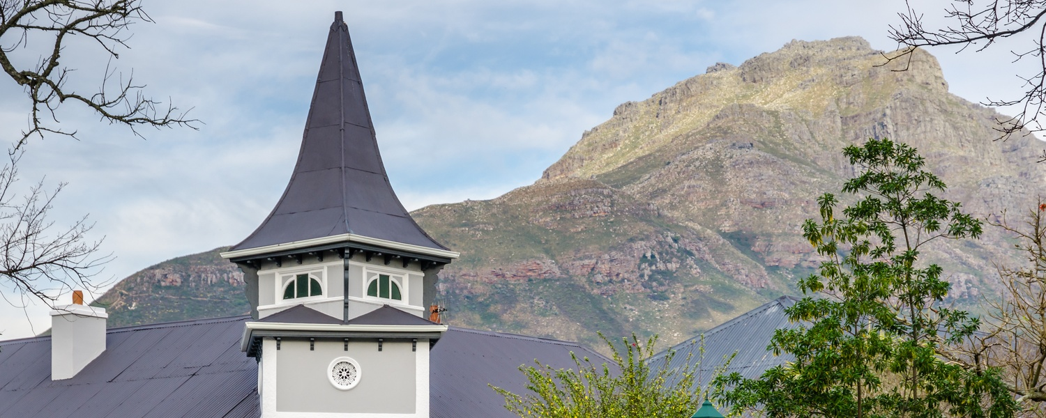 View of Bonne Esperance tower with Stellenbosch mountain in the background